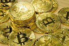 Körperlicher Bitcoin-Stapelhintergrund, Bitcoin-Bergbau Stockfotografie