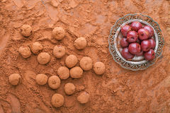Körsbär i kakao Royaltyfri Foto