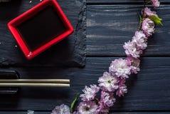 Körsbärsröd filial, soya, pinnar 2 royaltyfria foton