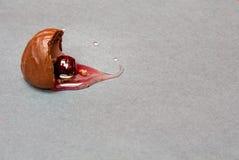 Körsbärsröd konfekt Arkivfoto