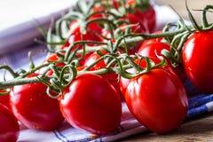 Körsbärsröd tomat Royaltyfri Foto