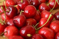 Körsbärsrött rött Arkivbild