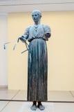 Körsvenstaty som lokaliseras på Delphi Arkivfoton
