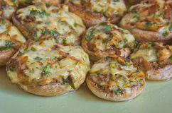 Köstliche angefüllte Pilze Lizenzfreies Stockfoto
