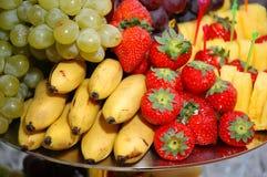 Köstliche appetitanregende Früchte Stockbilder
