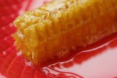 Köstliche Bienenwabe mit geschmackvollem schönem des Honigs sehr Stockfotografie