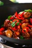 Köstliche chinesische Nahrung briet Teller - heißer Pfeffer sau Stockbild