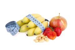 Köstliche frische Früchte und Acajounüsse Stockfotos