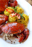 Köstliche gebackene Krabben Stockfoto