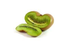 Köstliche geschnittene Kiwi auf Weiß Lizenzfreies Stockfoto