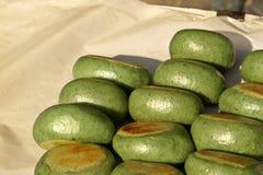 Köstliche grüne süße japanische Dampfbrötchen Lizenzfreie Stockfotos