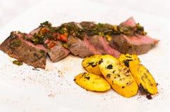 Köstliche Medaillons des Steaks des zarten Lendenstücks gesetzt Lizenzfreies Stockbild
