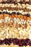 Köstliche Nüsse und Trockenfrüchte Stockfoto