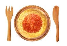 Köstliche Pfannkuchen mit rotem Kaviar auf hölzerner Platte Lizenzfreies Stockfoto