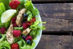 Köstliche Salatnahaufnahme Stockfoto