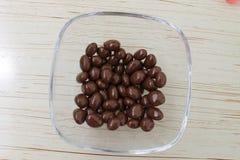 Köstliche Schokoladenrosinen Lizenzfreies Stockfoto