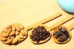 Köstliche trockene Früchte u. Lebensmittelinhaltsstoffe Lizenzfreies Stockbild
