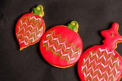 Köstliche Weihnachtsplätzchen bereit gegessen zu werden lizenzfreie stockfotos