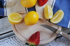 Köstliche Zitrusfrucht Stockbilder