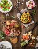 Köstlicher Abendtisch Stockfotografie