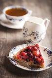 Köstlicher Fruchttörtchennachtisch Stockbild