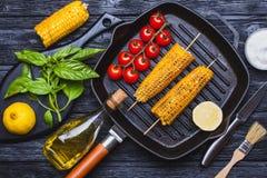 Köstlicher gegrillter Mais Draufsicht, mocap stockfotos