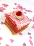Köstlicher Kuchen auf weißem Hintergrund Lizenzfreies Stockbild