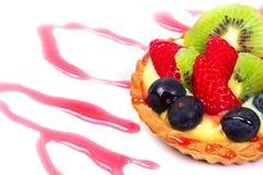 Köstlicher Nachtisch mit Früchten Stockbild