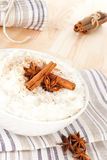 Köstlicher Reispudding. stockfotografie