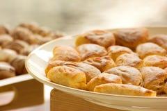 Köstliches Brotcocktail in der Partei auf der Buffetlinie Stockfotografie