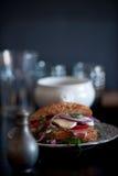 Köstliches, geschmackvolles Sandwich mit Gemüse Lizenzfreies Stockfoto