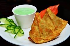 Köstliches indisches Lebensmittel am Restaurant stockfoto