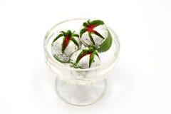 Köstliches indisches süßes Anarkali in einer Glasschüssel Stockbilder