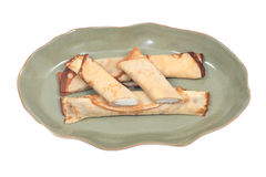 Köstliches Käse blintz auf grüner Platte Lizenzfreie Stockfotos