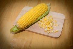 Köstliches Kochen des Mais Stockfotografie