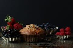 Köstliches Muffin der Beere lizenzfreie stockbilder