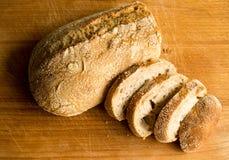 Köstliches und warmes Brot stockfoto