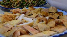 Köstliches Yunan-Lebensmittel stock video