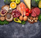 Kött, fisk, skidfrukter, muttrar och grönsaker fotografering för bildbyråer