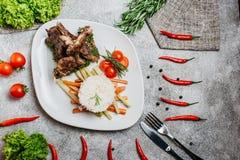 Kött med ris fotografering för bildbyråer