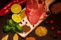 Kött och smaktillsatser Arkivfoto