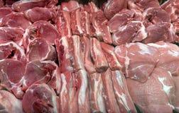 Kött på marknad i Sofia, Bulgarien, på Februari, 15, 2017 Fotografering för Bildbyråer