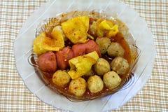 Köttboll på plattan, Thaifood Arkivbild