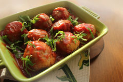 Köttbullar med tomatsås Royaltyfri Fotografi
