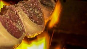 Köttpicanha i brand Brasilien arkivbild