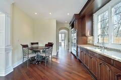Küche im Neubauhaus Stockfotografie