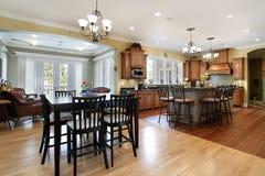 Küche mit Sitzenraum Stockbilder