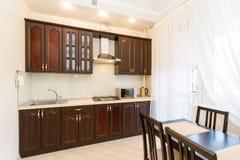 Küchen-Innenarchitektur, Fotos von Wohnzimmer-Innenraumphotographie stockbild