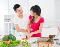 Küchenflirt Stockfoto