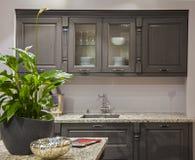 Küchenzeile im Innenraum stockfoto